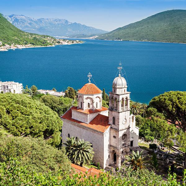 Посетить церкви Черногории, старые храмы