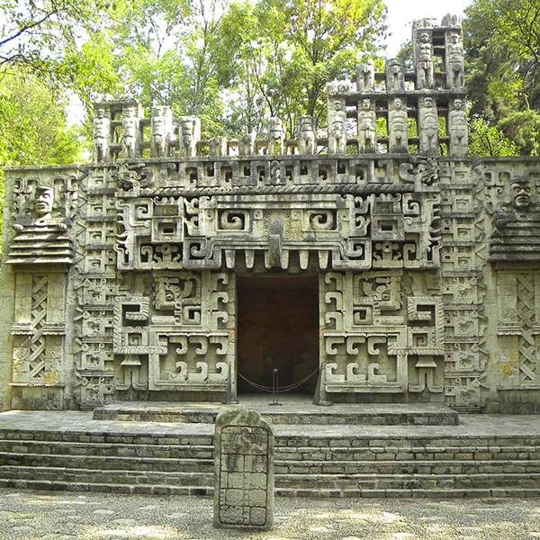 Посетить древние Мексиканские руины, путешествие по историческим местам