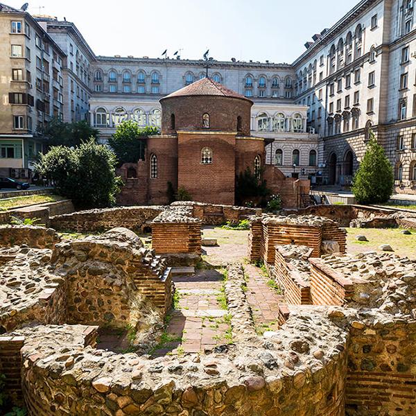 Посетить города Болгарии и их достопримичательности, Ротонда Святого Георгия